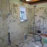muren en vloer zijn uitgevlakt
